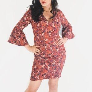 Dresses & Skirts - Bell Sleeve Midi Dress
